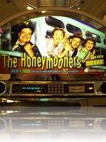 Honeymooners Slot Machine